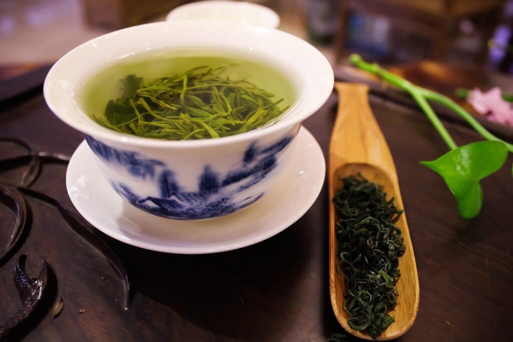 Welche Art von grünem Tee wird verwendet, um Gewicht zu verlieren