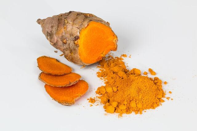 Ekzeme, Behandlung, Aloe Vera, Kamille, Kurkuma, Nussbaumblätter, Rosmarin,